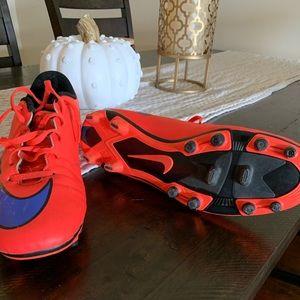 Nike Shoes - NIKE Mercurial Vortex II